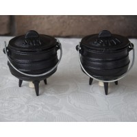 Mini Potjie Cast Iron Salt and Pepper Shakers